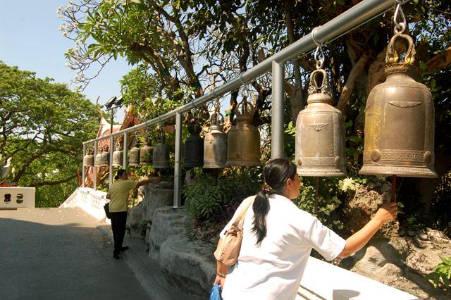 Золотая ступа над Бангкоком