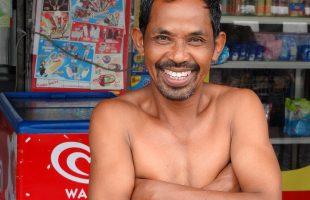 Шикарные зубы у местного жителя Чумпона Таиланд