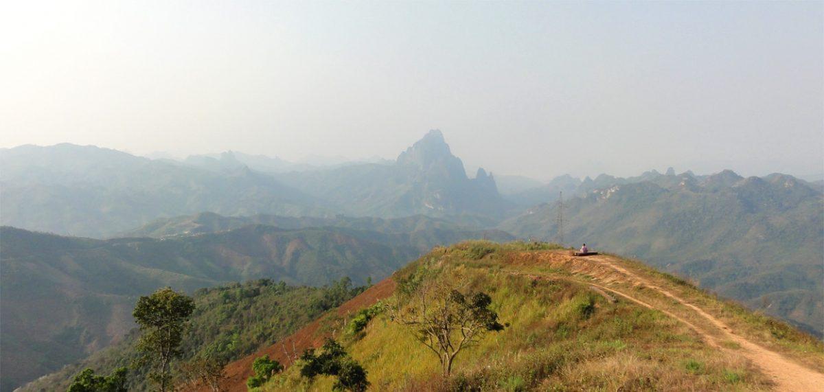 Горы северного Лаоса между Луанг-Прабанг и Каси
