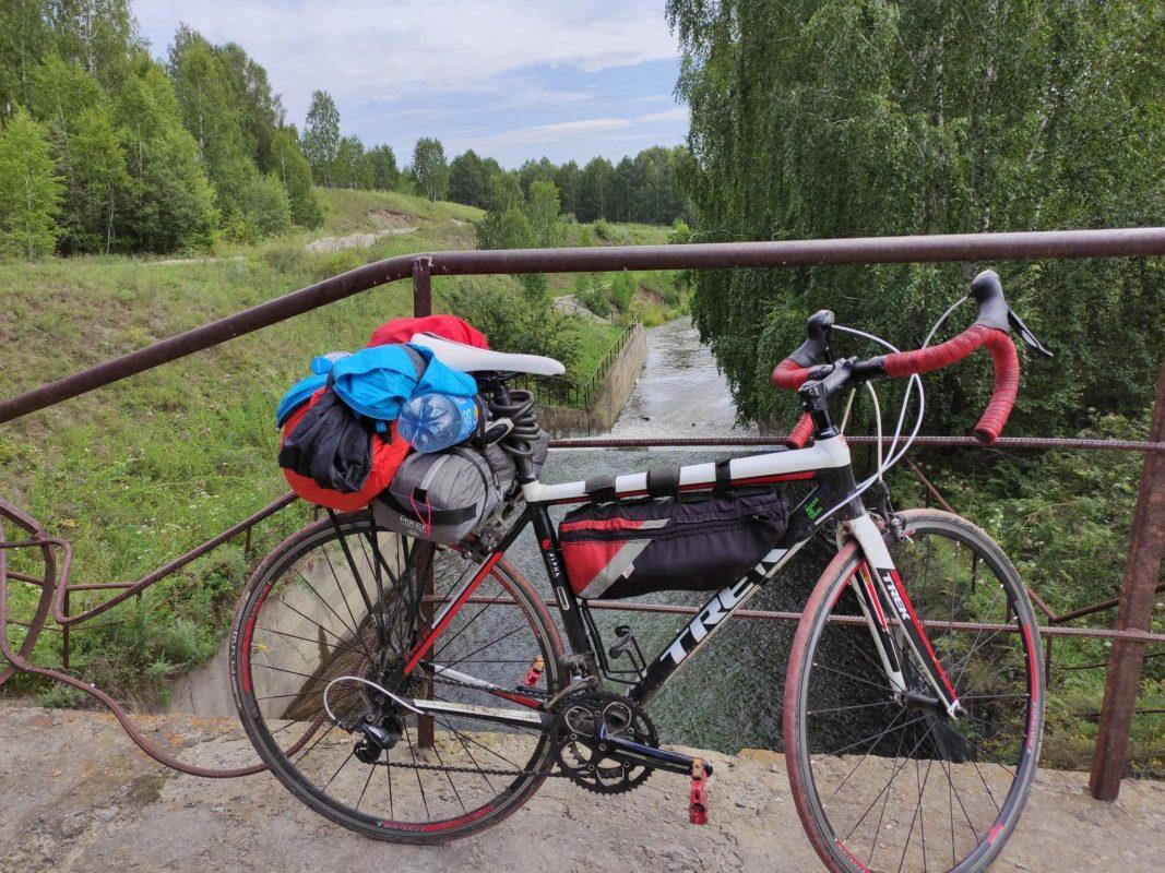 Граница ЧелОбл и Башкирии. Тихий мостик между озер.